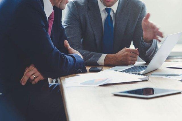 Как бизнесу не стать жертвой борьбы с лже-предпринимательскими структурами