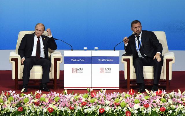 Почему бизнесмены попадают под санкции Запада и как этого избежать