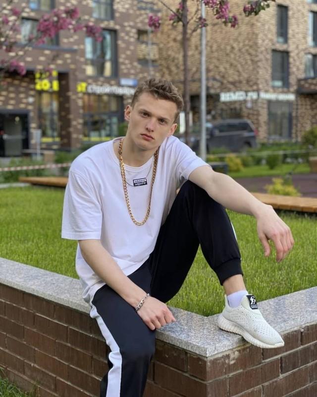 Как ребята из Беларуси решили преуспеть в американском шоу-бизнесе – история kiwi time