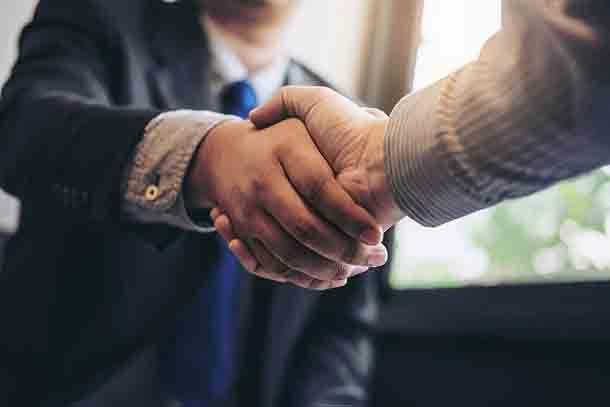 Что должен сделать добросовестный франчайзер, чтобы бизнес был доходным для всех — 2 примера