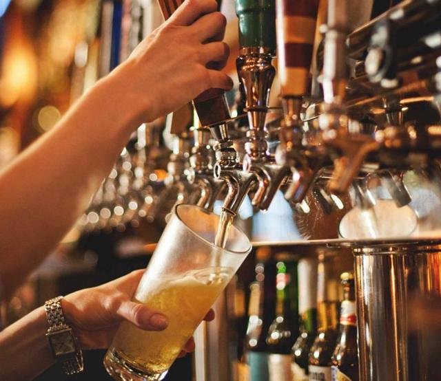 Как найти свою нишу на насыщенном конкурентами рынке – опыт производителя живого пива beaver