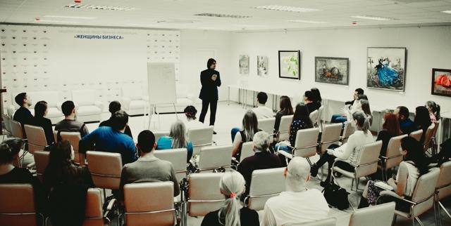 Как выступать перед аудиторией. Экспресс-курс Виталия Волянюка на встрече Клуба Про бизнес
