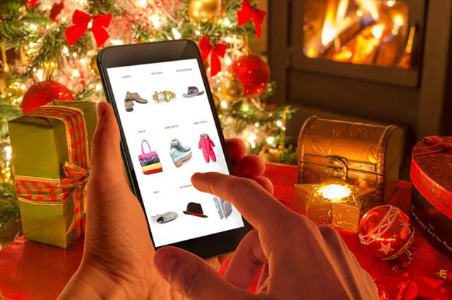 Как меняется поведение покупателей в этот новогодний сезон