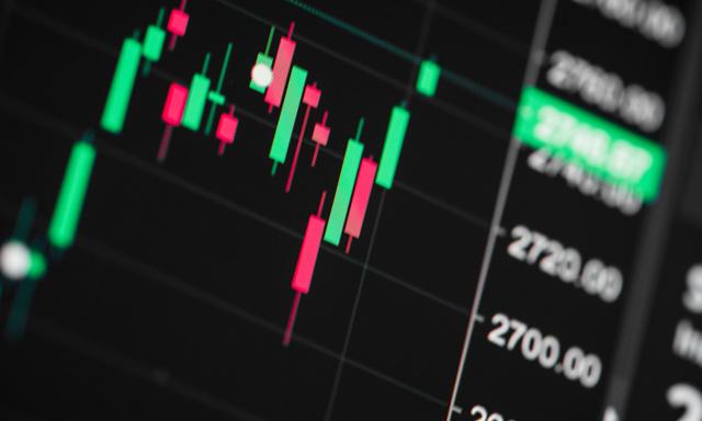 Как экспортерам не потерять на падении российского рубля – отвечает Валерий Полховский