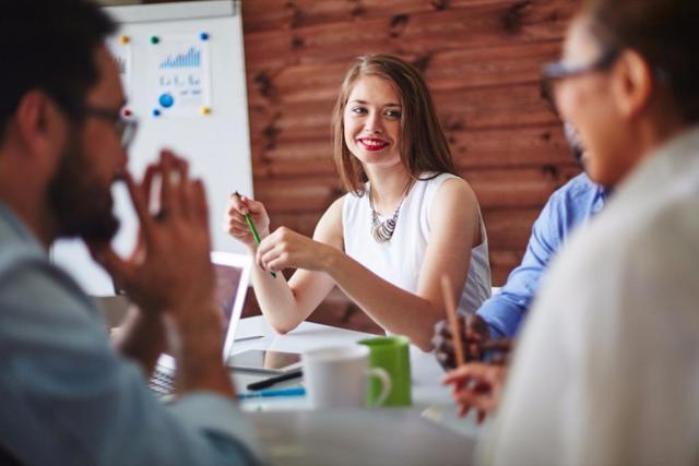 Как получить работу без лишних слов: «язык тела», который поможет заинтересовать рекрутера