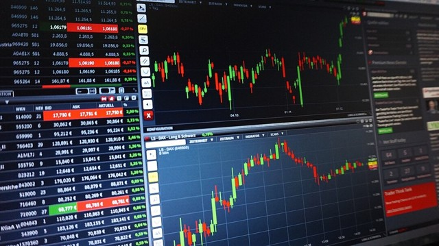 Как и почему меняется ситуация с расчетами в экономике