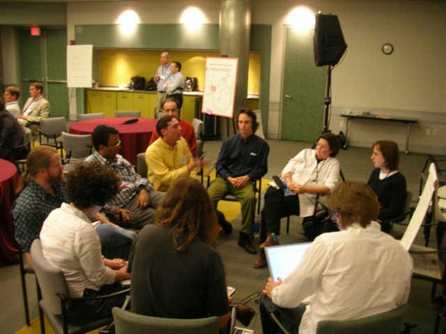 Почему групповое собеседование лучше, чем личное